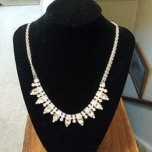 Jewelry - Gorgeous Vintage Rhinestone Necklace